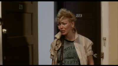 Susan Tyrrell as landlord Solly