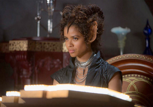 still_jupiterascending1